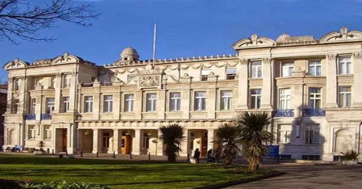minnes queen mary university - 1200×628