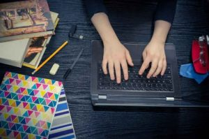 Top 10 Business Ideas for Students - Blogging Business
