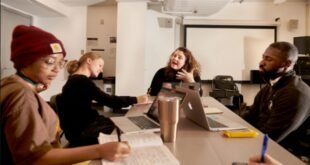 Yale Drama Series Playwriting Competition